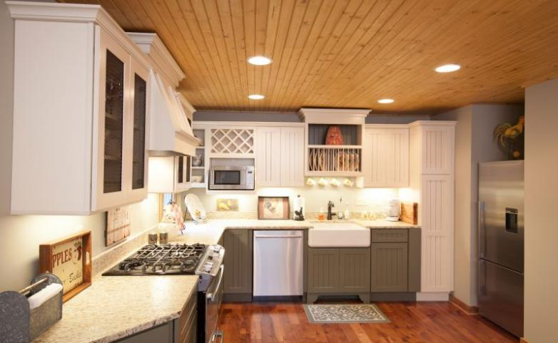 <span>Cummings Cove Hendersonville Kitchen Remodel:</span> Painted cabinets with wood floor and ceiling