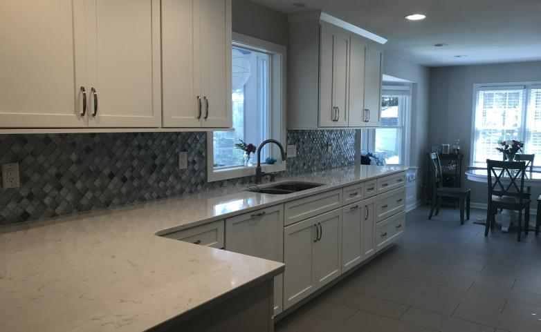 <span>Hendersonville kitchen after:</span> Clean and bright kitchen remodel!