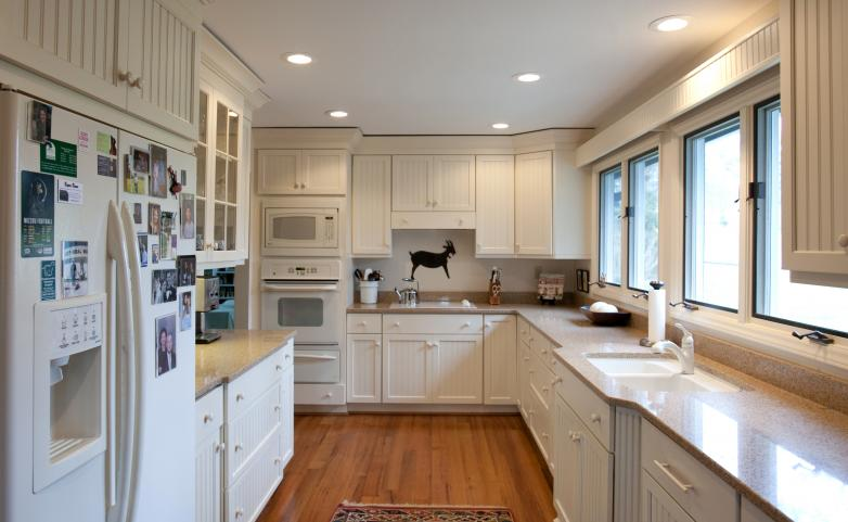 <span>Flat Rock Kitchen Remodel:</span> White painted cabinets.