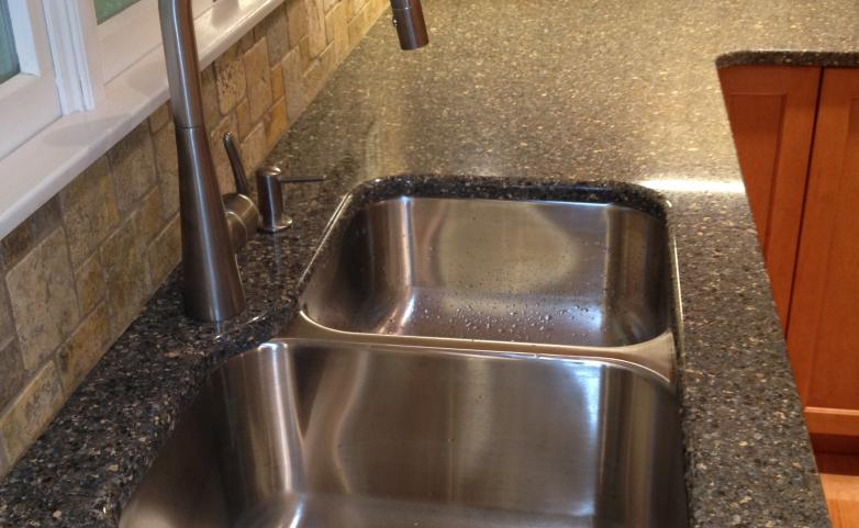 <span>Hendersonville Kitchen Remodel:</span> Stainless under-mount sink with Cambria quartz counter top.